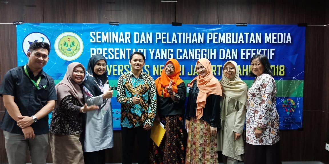 Seminar dan Diskusi Pembuatan Media Presentasi yang Canggih dan Inovatif